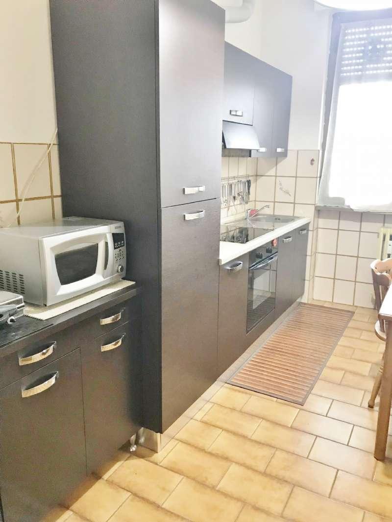 Appartamento in buone condizioni arredato in vendita Rif. 6813007