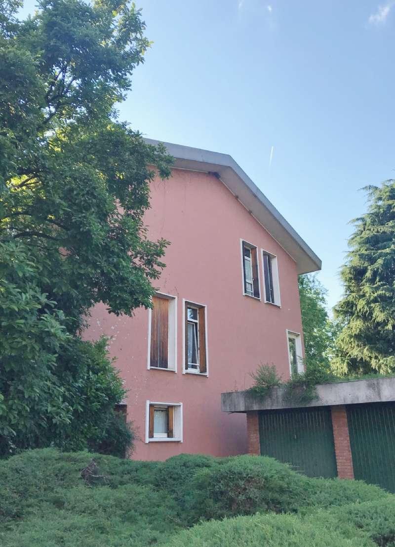 Villa a Schiera in vendita a Arese, 5 locali, prezzo € 320.000   CambioCasa.it