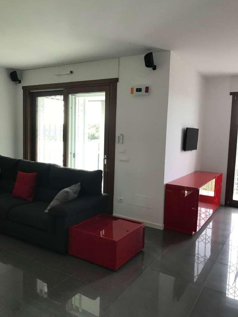 Appartamento in vendita a Pero, 3 locali, prezzo € 385.000 | PortaleAgenzieImmobiliari.it