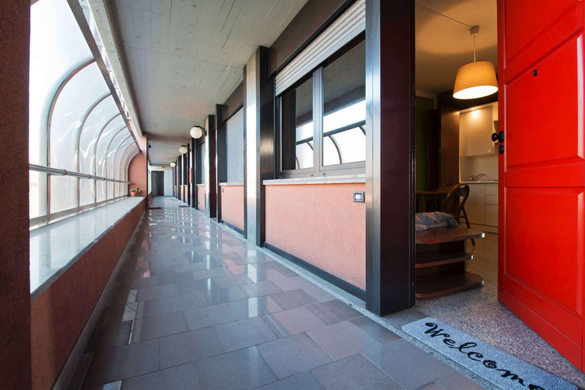 Appartamento in affitto a Pero, 2 locali, prezzo € 700 | CambioCasa.it