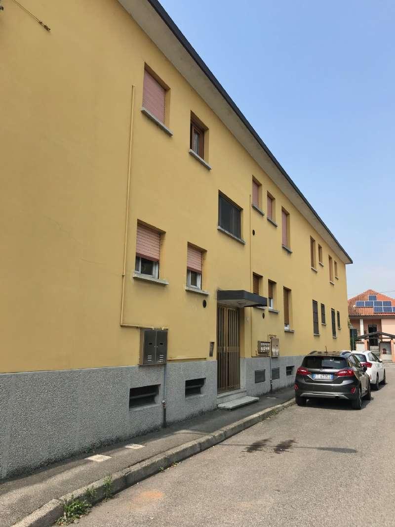 Appartamento in vendita a Pogliano Milanese, 3 locali, prezzo € 88.000 | CambioCasa.it