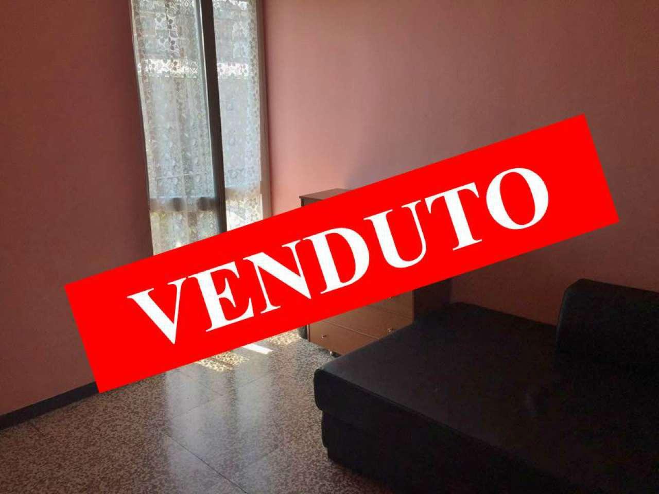 Appartamento in vendita a Pero, 2 locali, prezzo € 120.000   CambioCasa.it