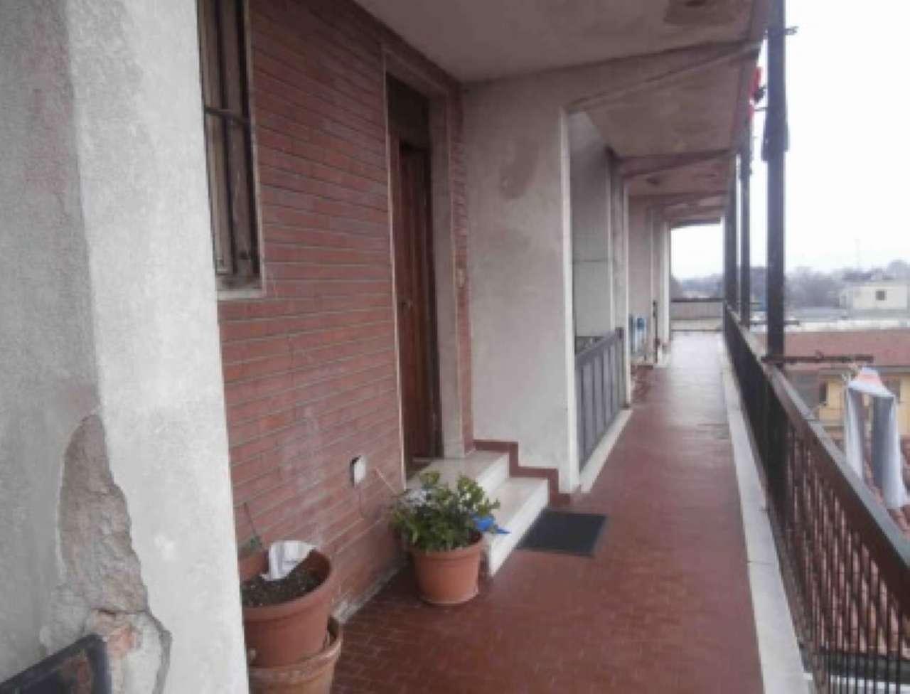 Appartamento in vendita a Cornaredo, 3 locali, prezzo € 42.525   CambioCasa.it