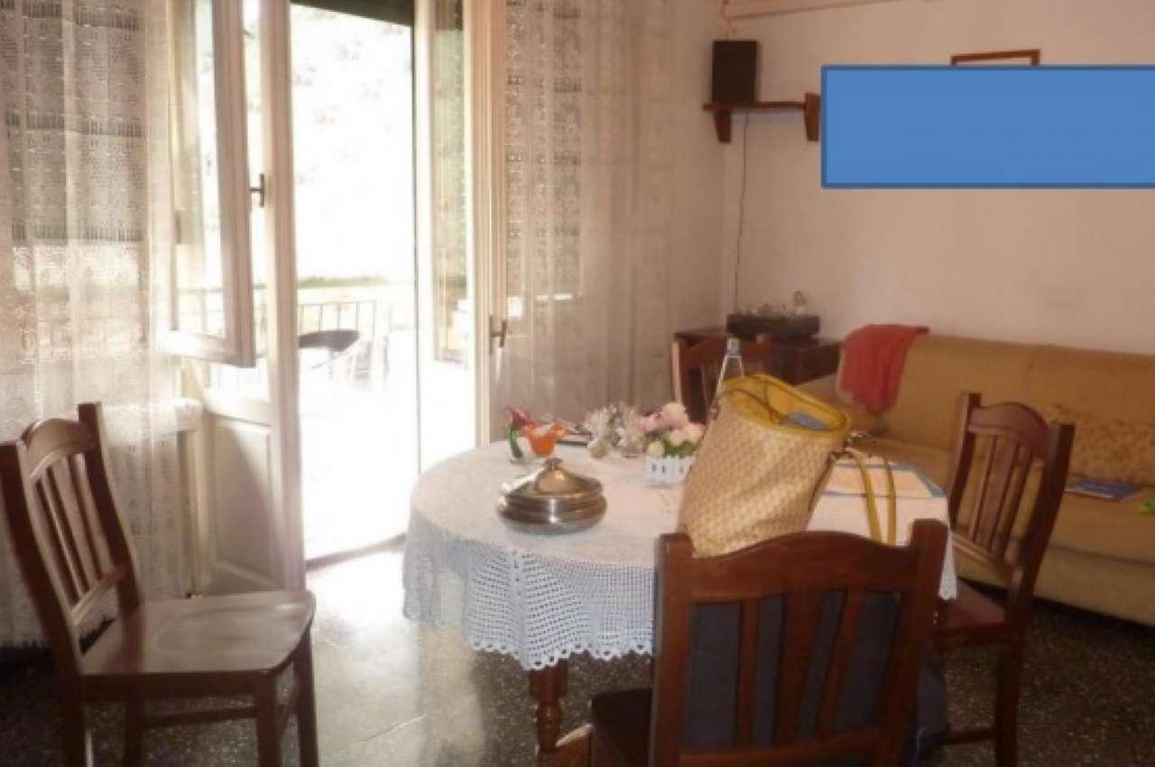 Appartamento in vendita a Pero, 2 locali, prezzo € 69.750   CambioCasa.it