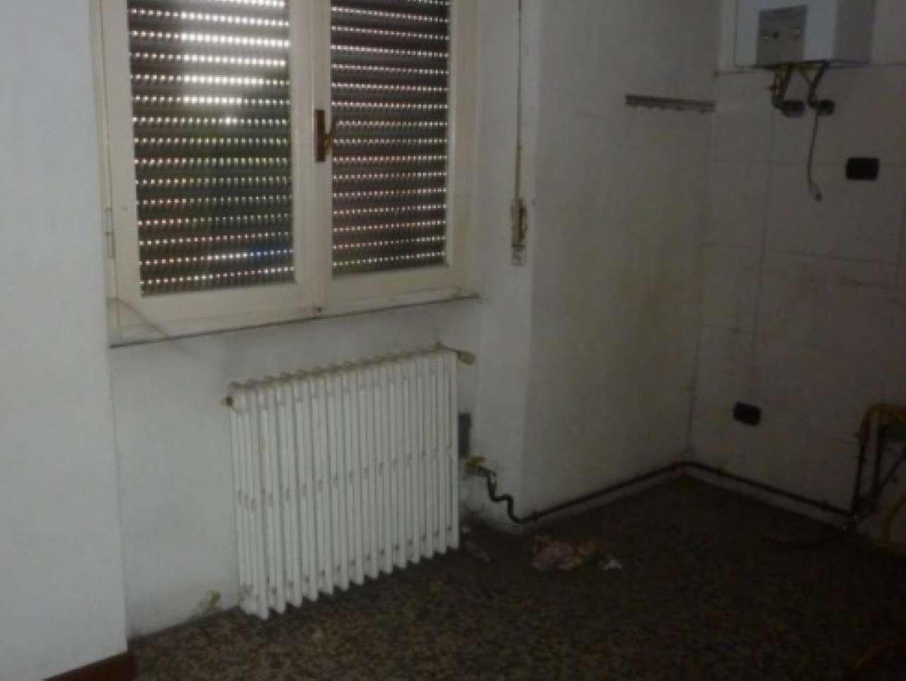 Appartamento in vendita a Pero, 2 locali, prezzo € 69.000   CambioCasa.it