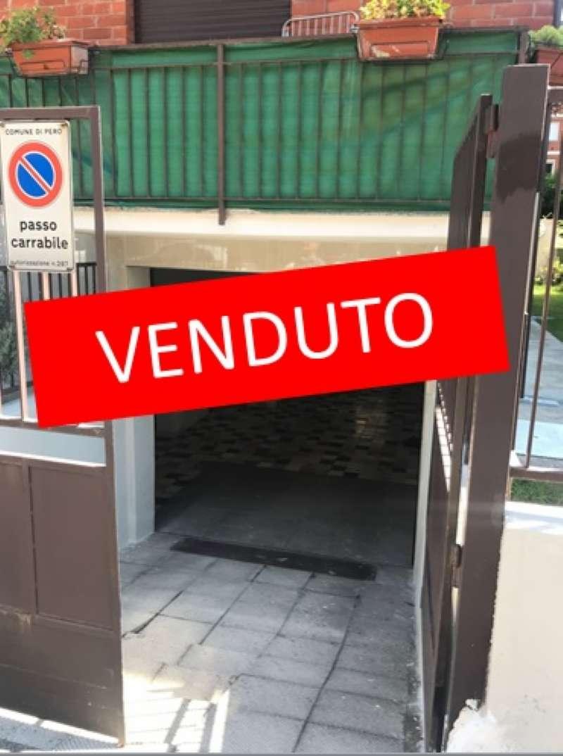 Laboratorio in vendita a Pero, 2 locali, prezzo € 55.000 | CambioCasa.it