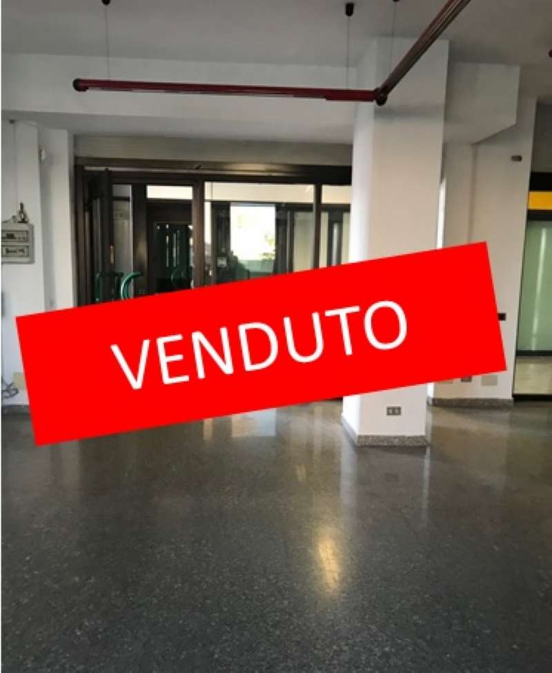 Negozio / Locale in vendita a Rho, 1 locali, prezzo € 79.000 | CambioCasa.it