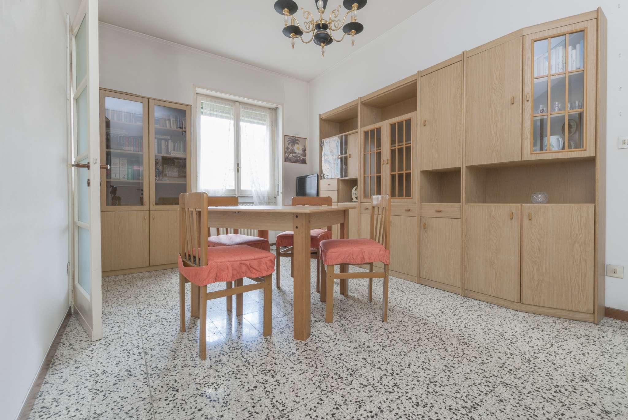 Appartamento in condizioni mediocri in vendita Rif. 5101464