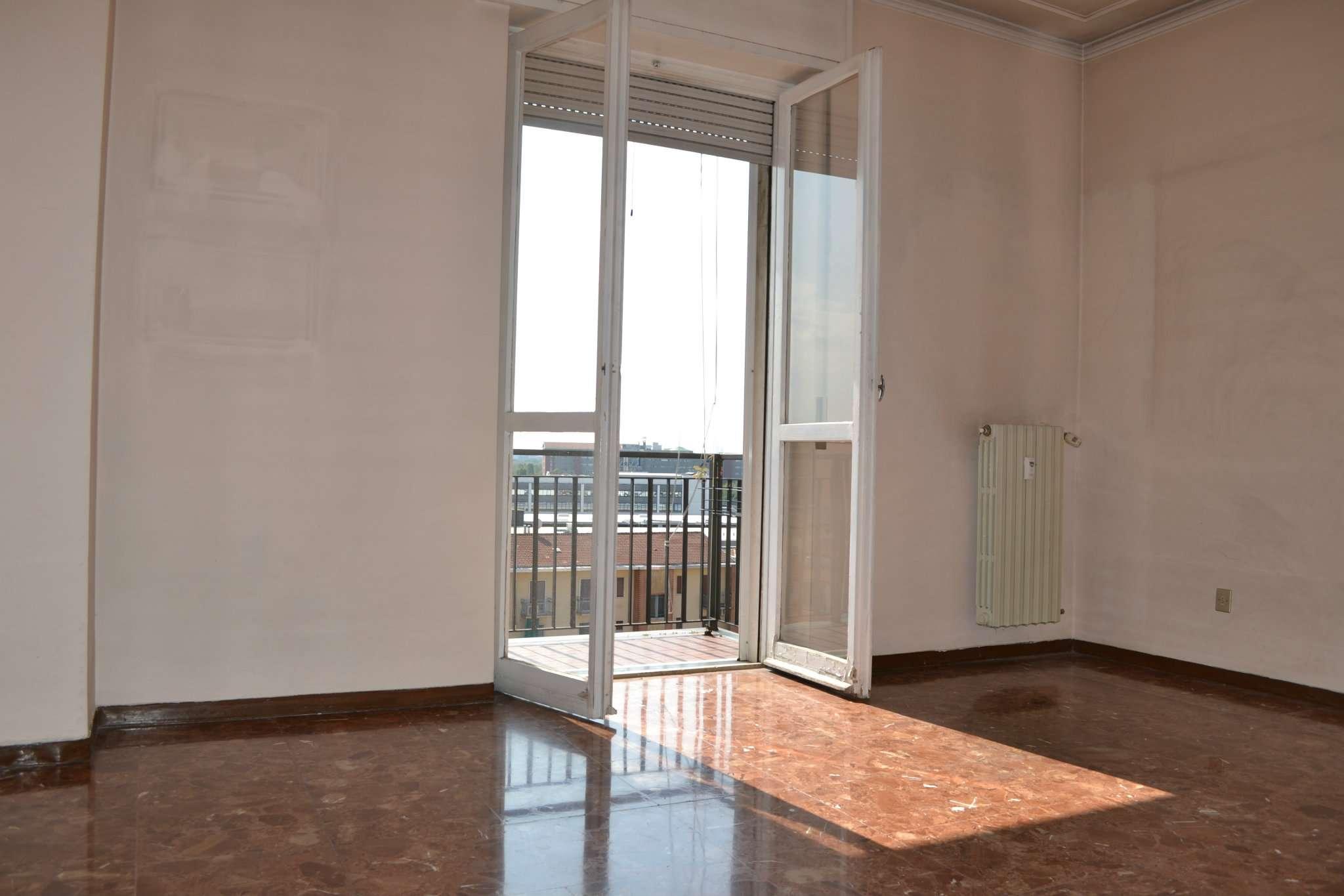 Appartamento da ristrutturare in vendita Rif. 5101523
