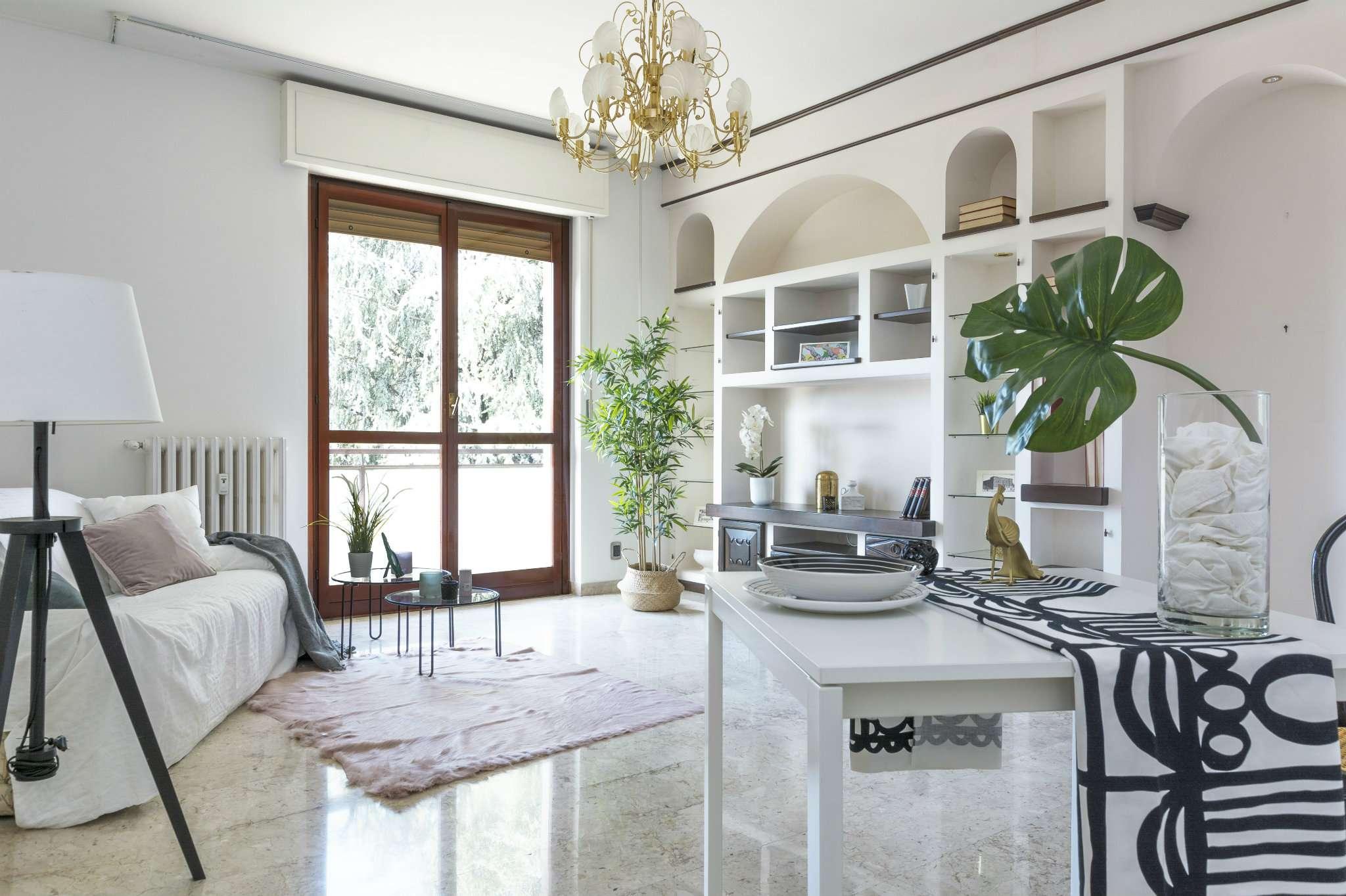 Appartamento in ottime condizioni in vendita Rif. 8086837
