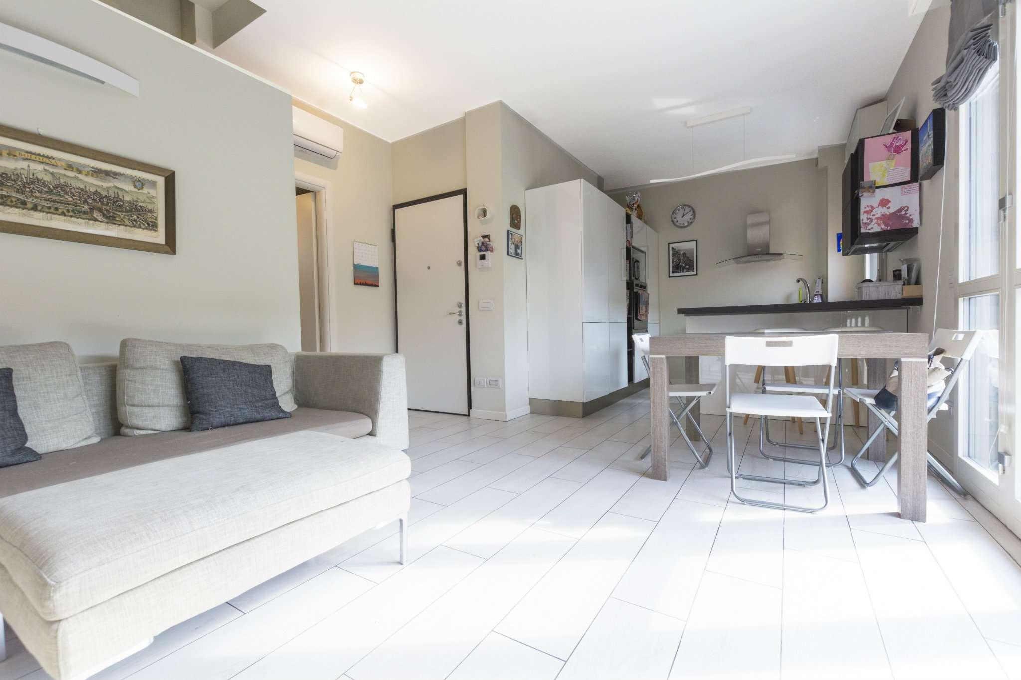 Appartamento in ottime condizioni in vendita Rif. 8245191