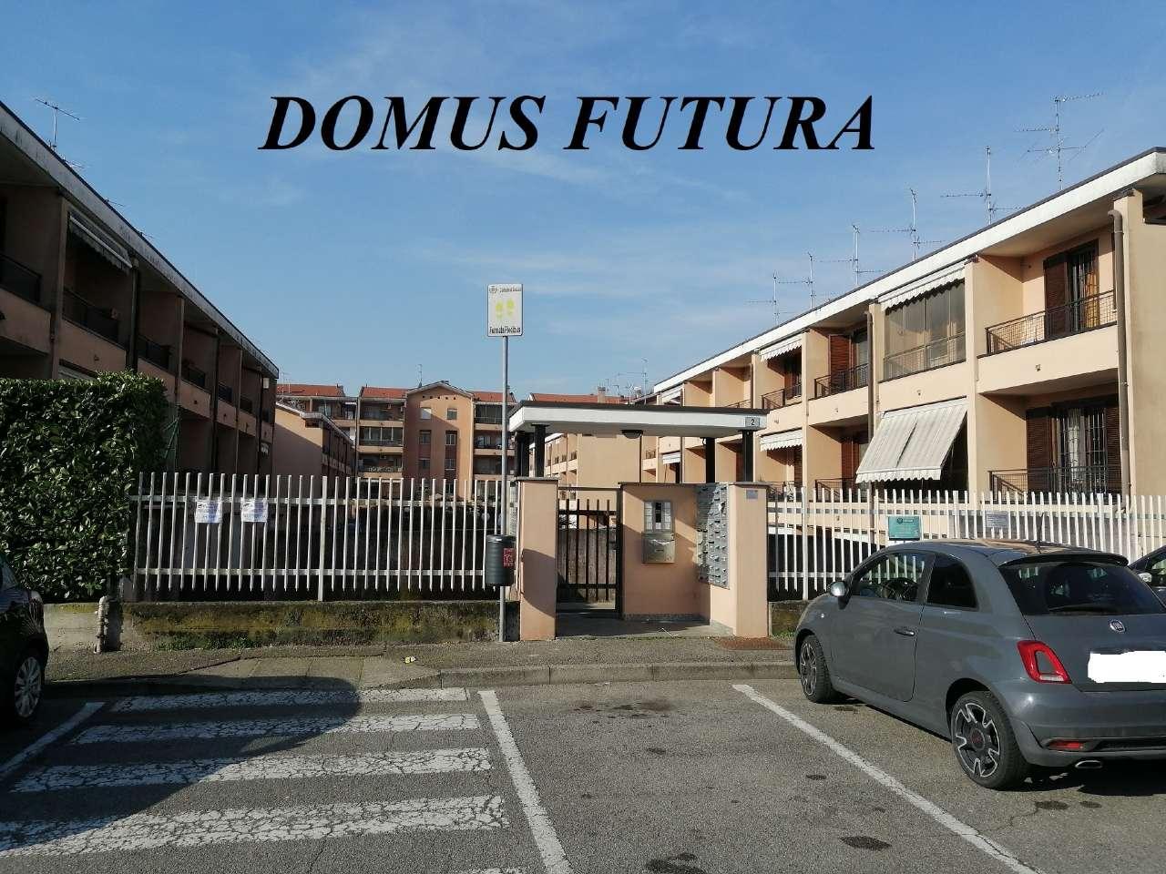 Appartamento in vendita a Liscate, 3 locali, prezzo € 190.000 | CambioCasa.it