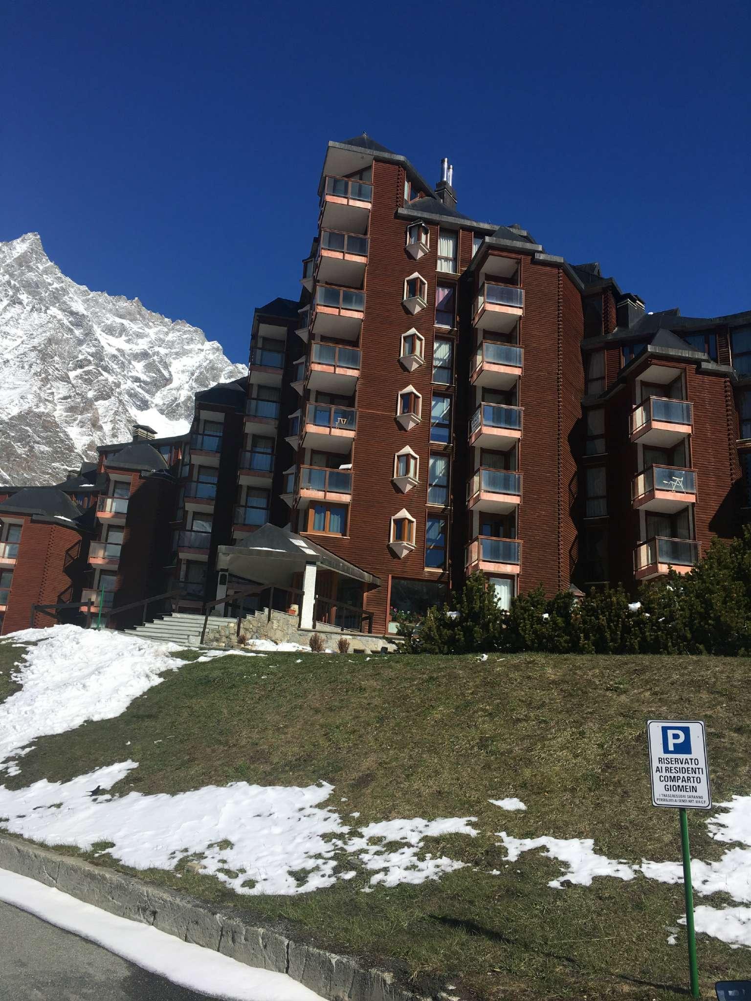 Appartamento in vendita a Valtournenche, 4 locali, prezzo € 515.000 | CambioCasa.it