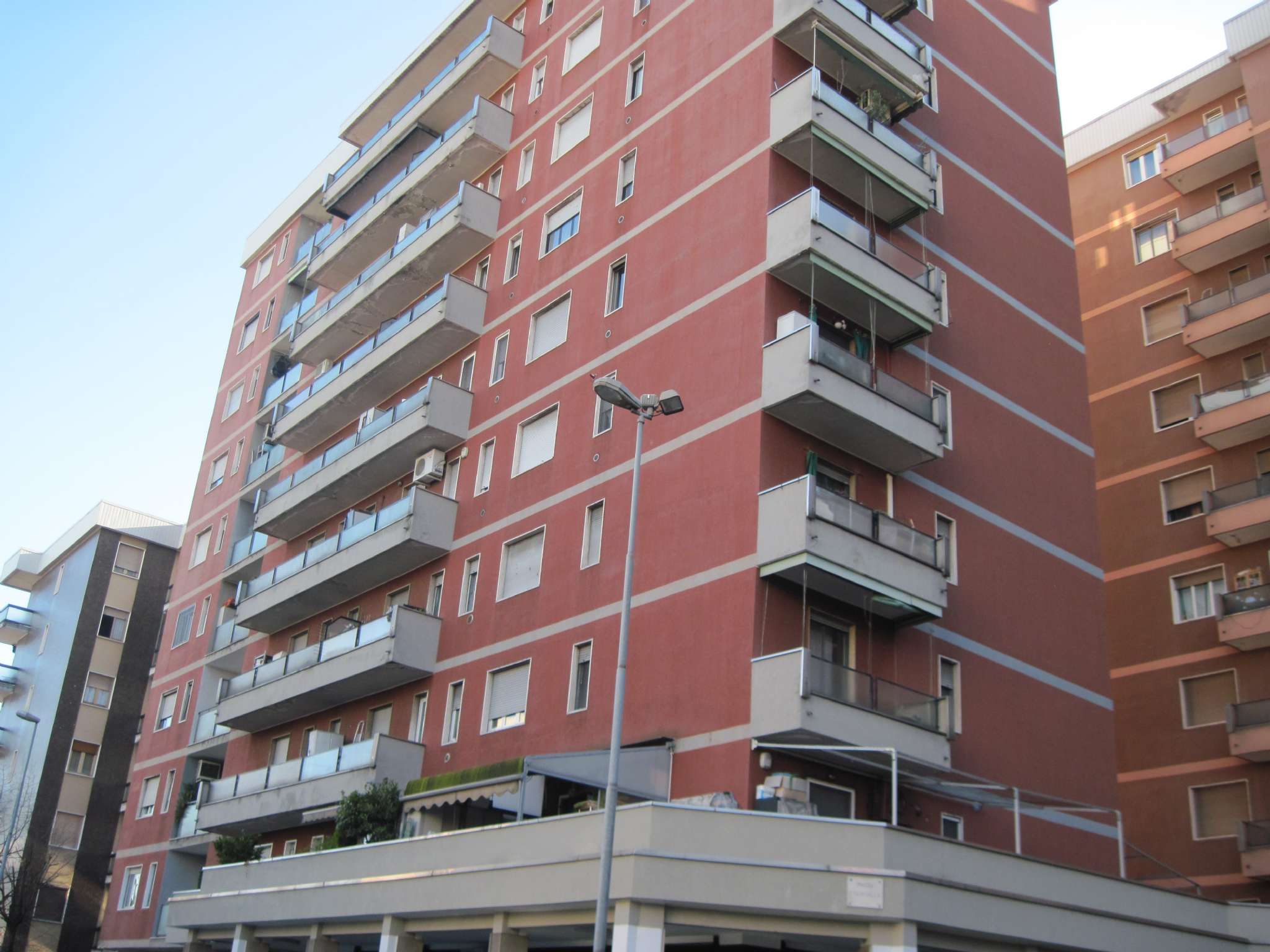 Appartamento in buone condizioni in vendita Rif. 8863145