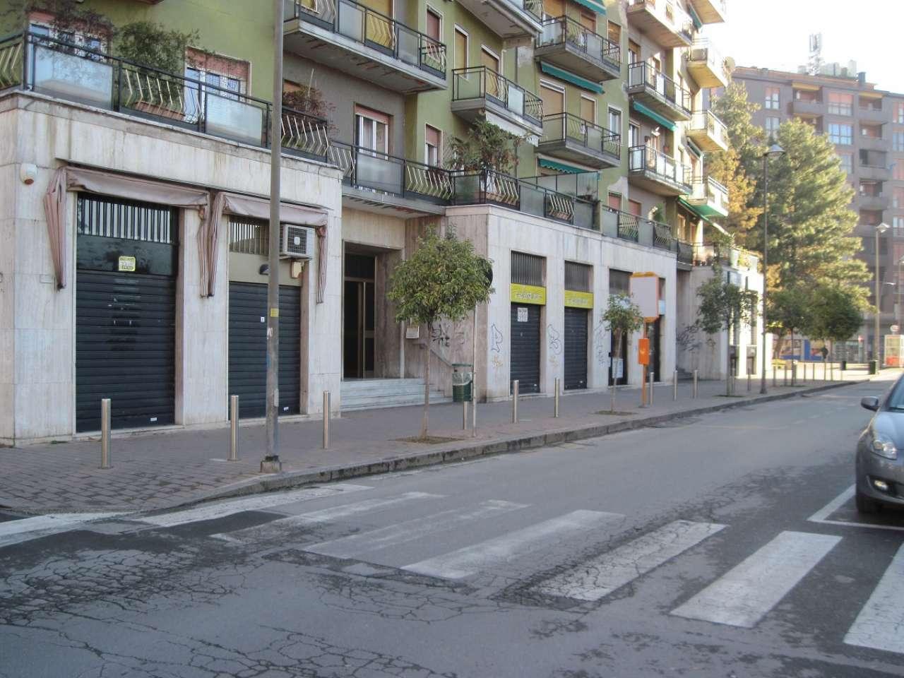Negozio / Locale in affitto a Bresso, 1 locali, prezzo € 10.800 | CambioCasa.it