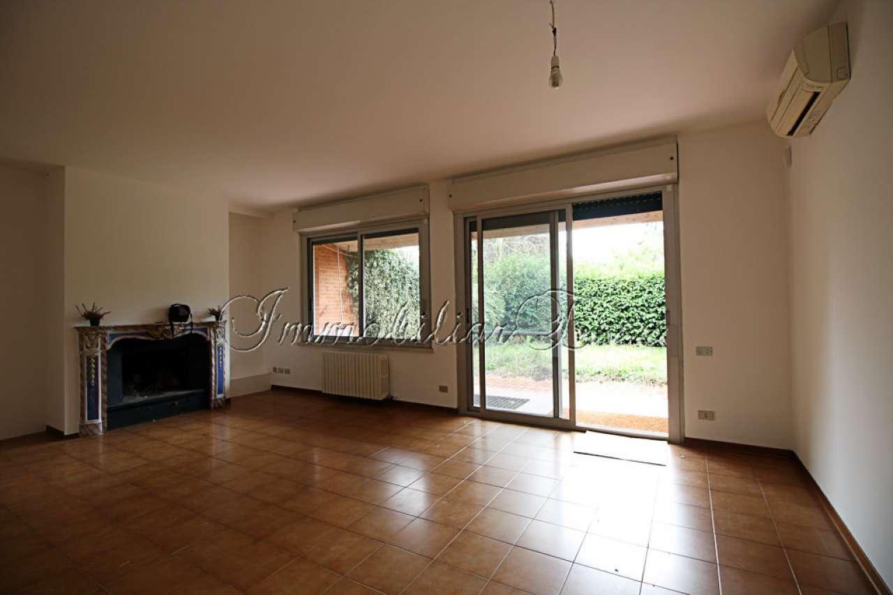 Villa a Schiera in vendita a Milano, 6 locali, zona Zona: 11 . Barona, Giambellino, Lorenteggio, Famagosta, prezzo € 355.000 | CambioCasa.it