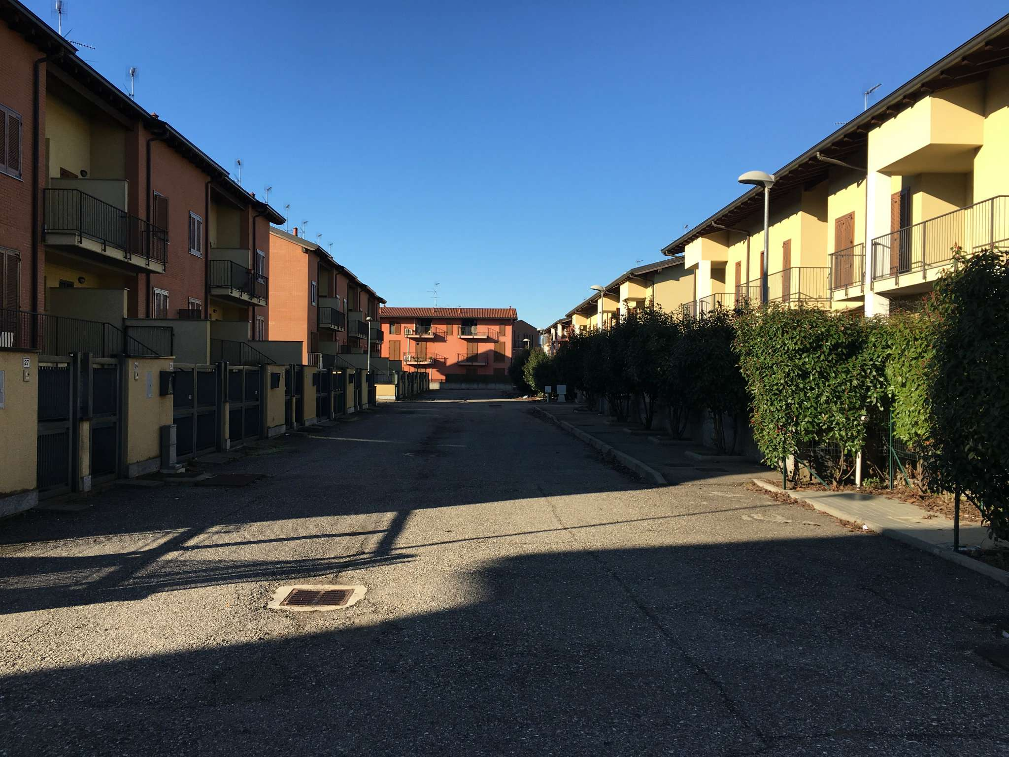 Appartamento in vendita a Corbetta, 4 locali, prezzo € 137.000 | CambioCasa.it