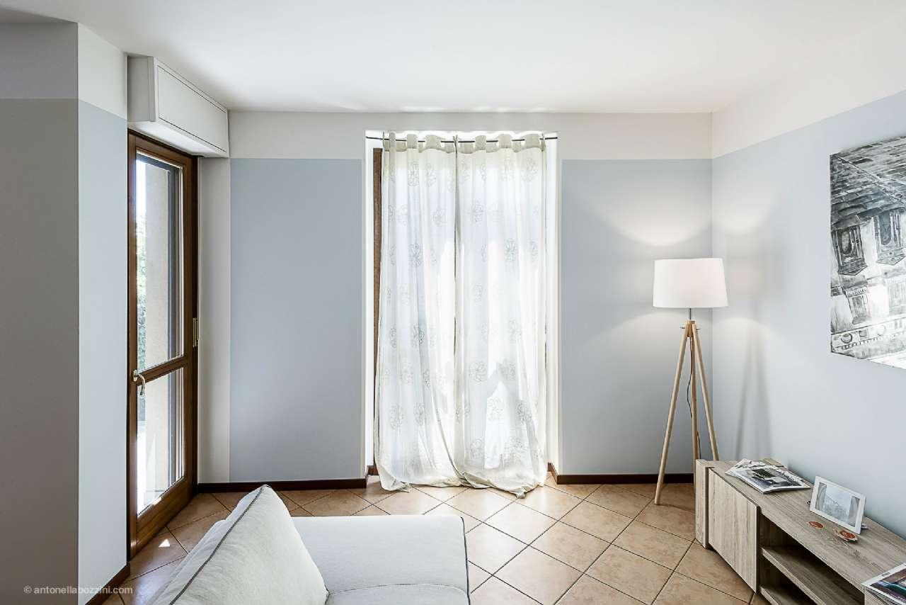 Villa a Schiera in vendita a Corbetta, 5 locali, prezzo € 240.000   CambioCasa.it