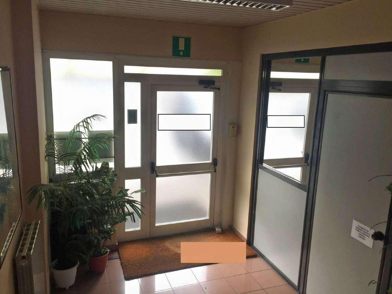 Capannone in affitto a Legnano, 9 locali, prezzo € 4.583 | PortaleAgenzieImmobiliari.it