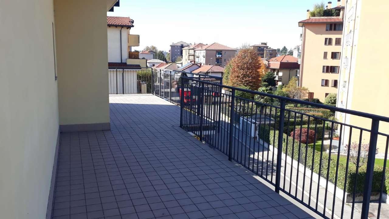 Appartamento in vendita a Abbiategrasso, 4 locali, prezzo € 450.000 | PortaleAgenzieImmobiliari.it