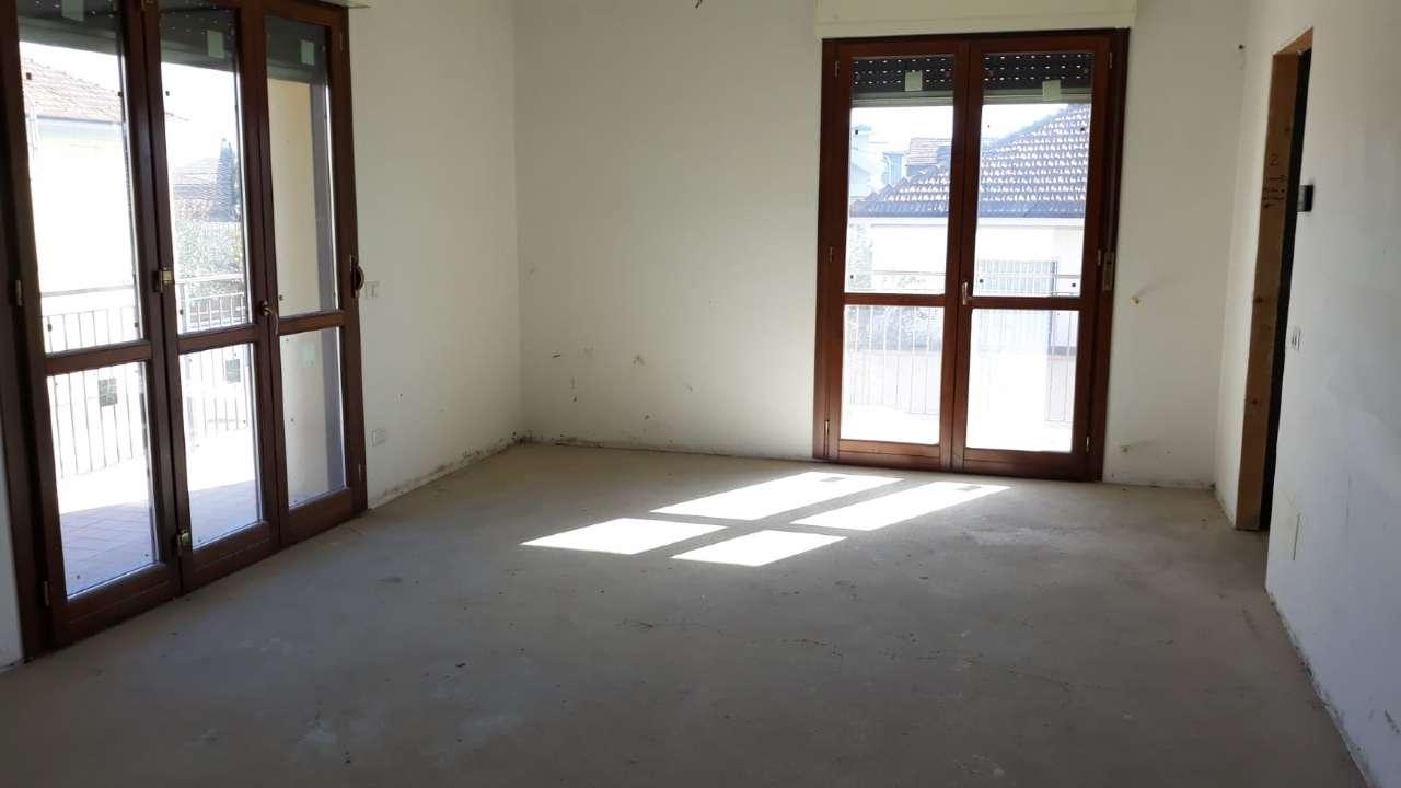 Appartamento in vendita a Abbiategrasso, 3 locali, prezzo € 229.000 | PortaleAgenzieImmobiliari.it