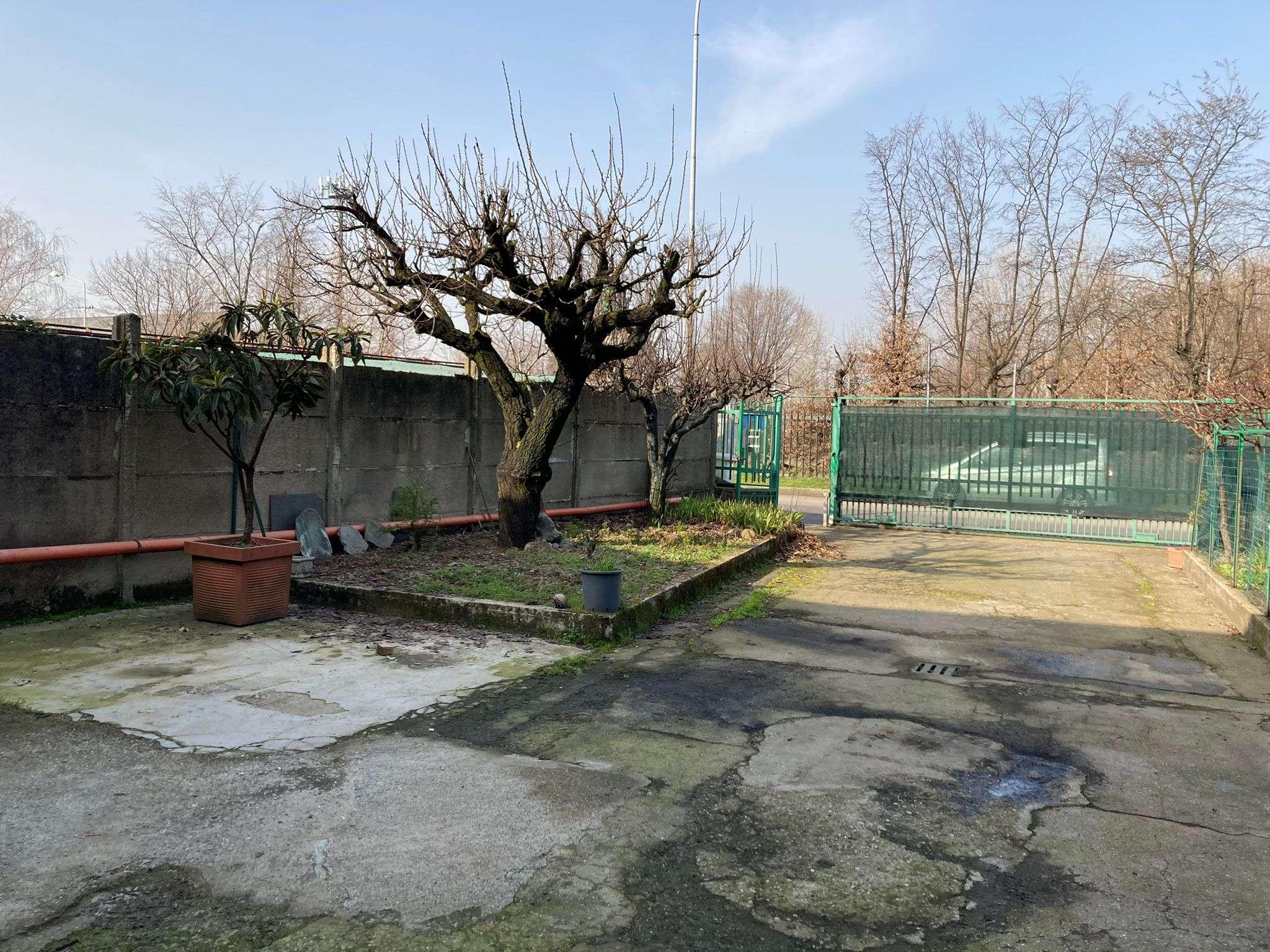 Laboratorio in vendita a San Giuliano Milanese, 2 locali, prezzo € 239.000 | PortaleAgenzieImmobiliari.it