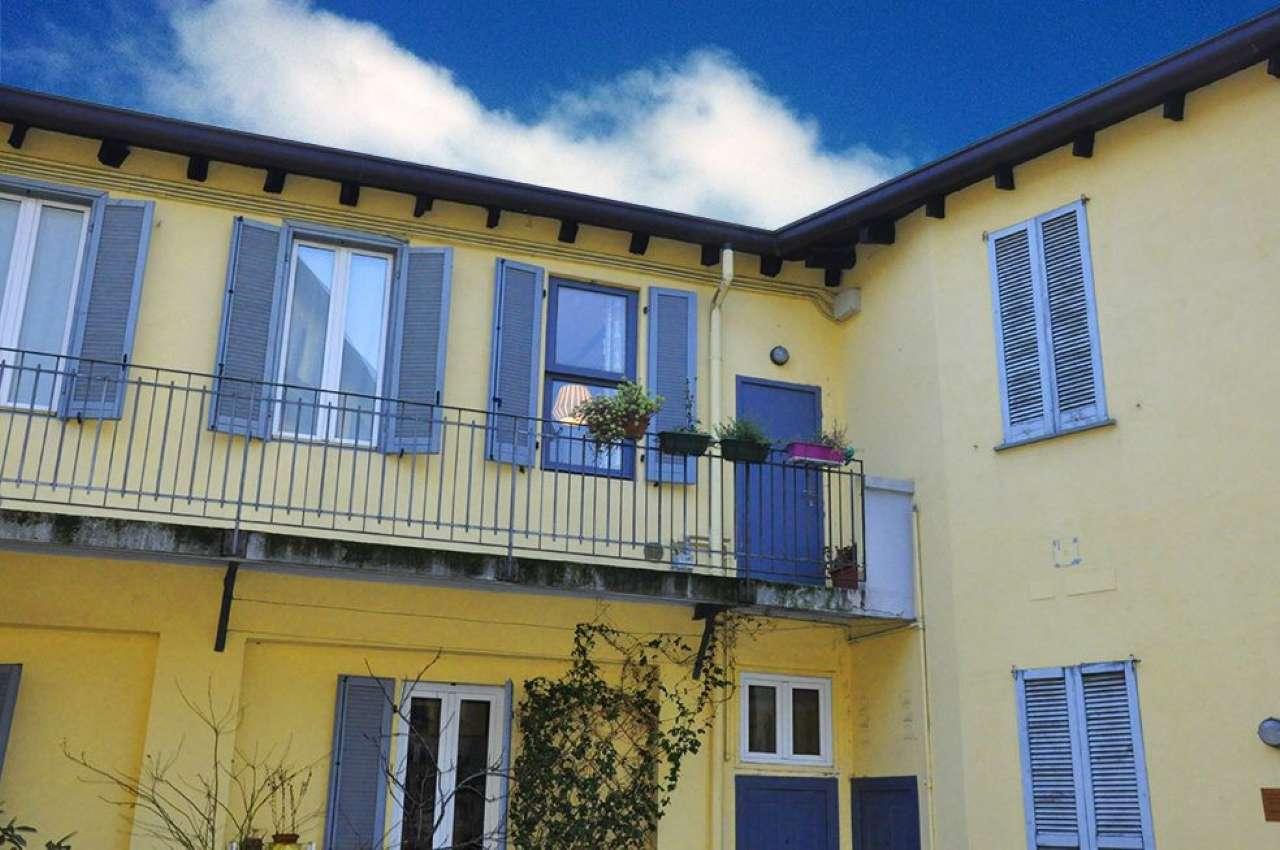 Appartamento in buone condizioni in vendita Rif. 8426595