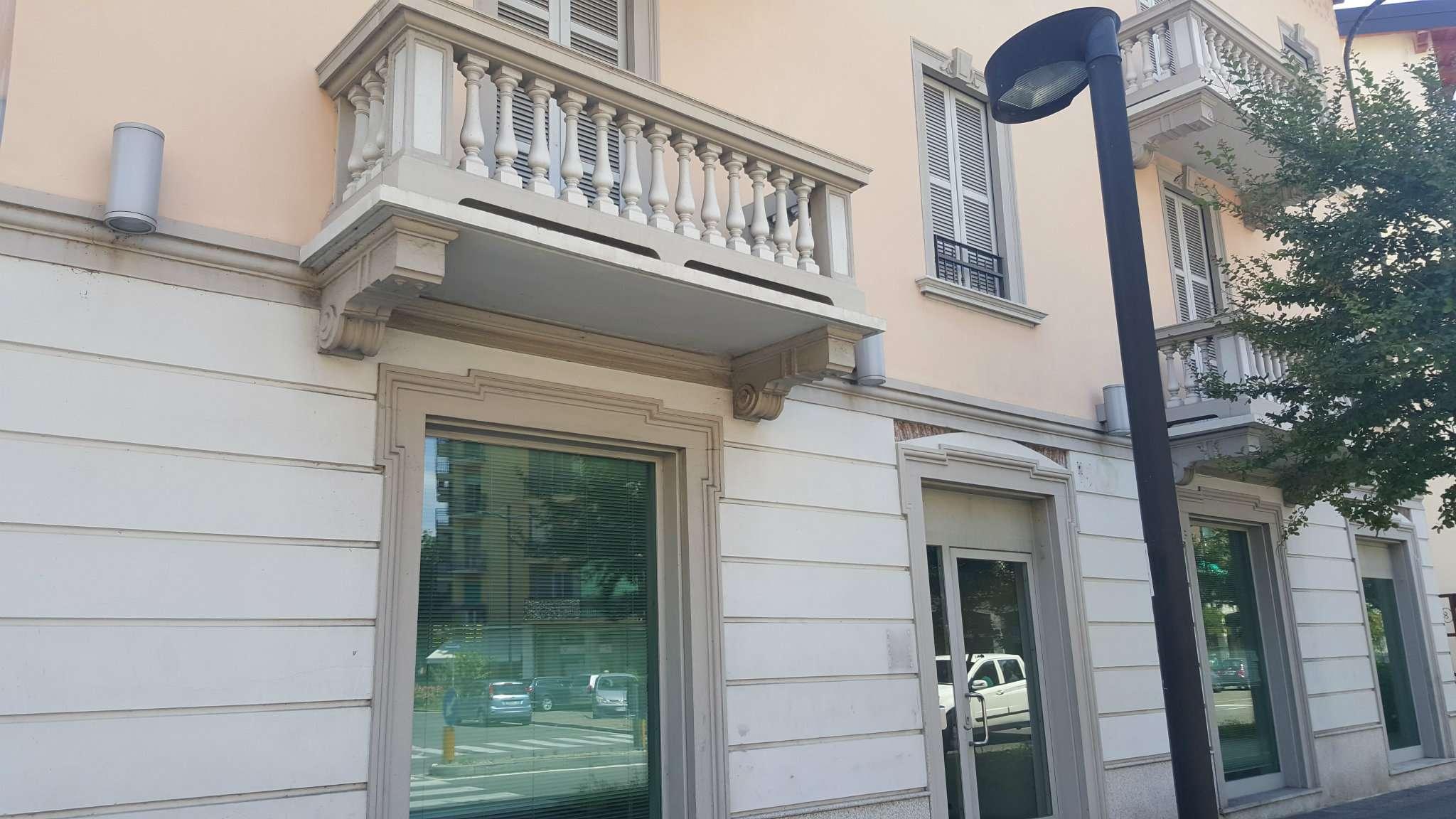 Negozio / Locale in affitto a Cologno Monzese, 9999 locali, prezzo € 3.500 | PortaleAgenzieImmobiliari.it