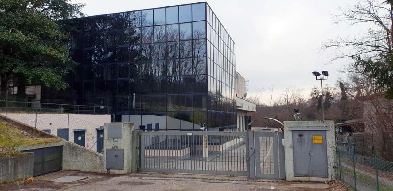 Ufficio / Studio in vendita a Gazzada Schianno, 10 locali, prezzo € 980.000 | CambioCasa.it