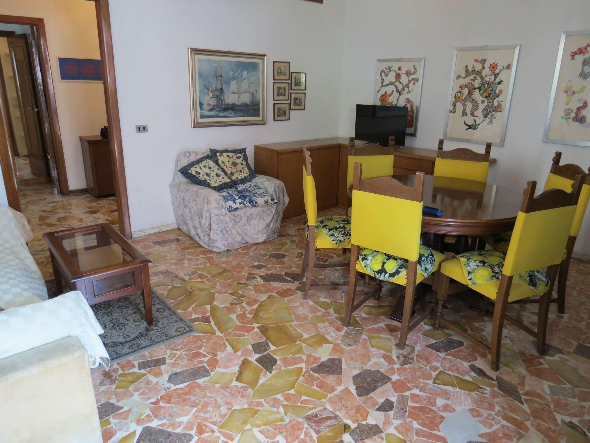 Appartamento in vendita a Chiavari, 3 locali, prezzo € 169.000 | PortaleAgenzieImmobiliari.it