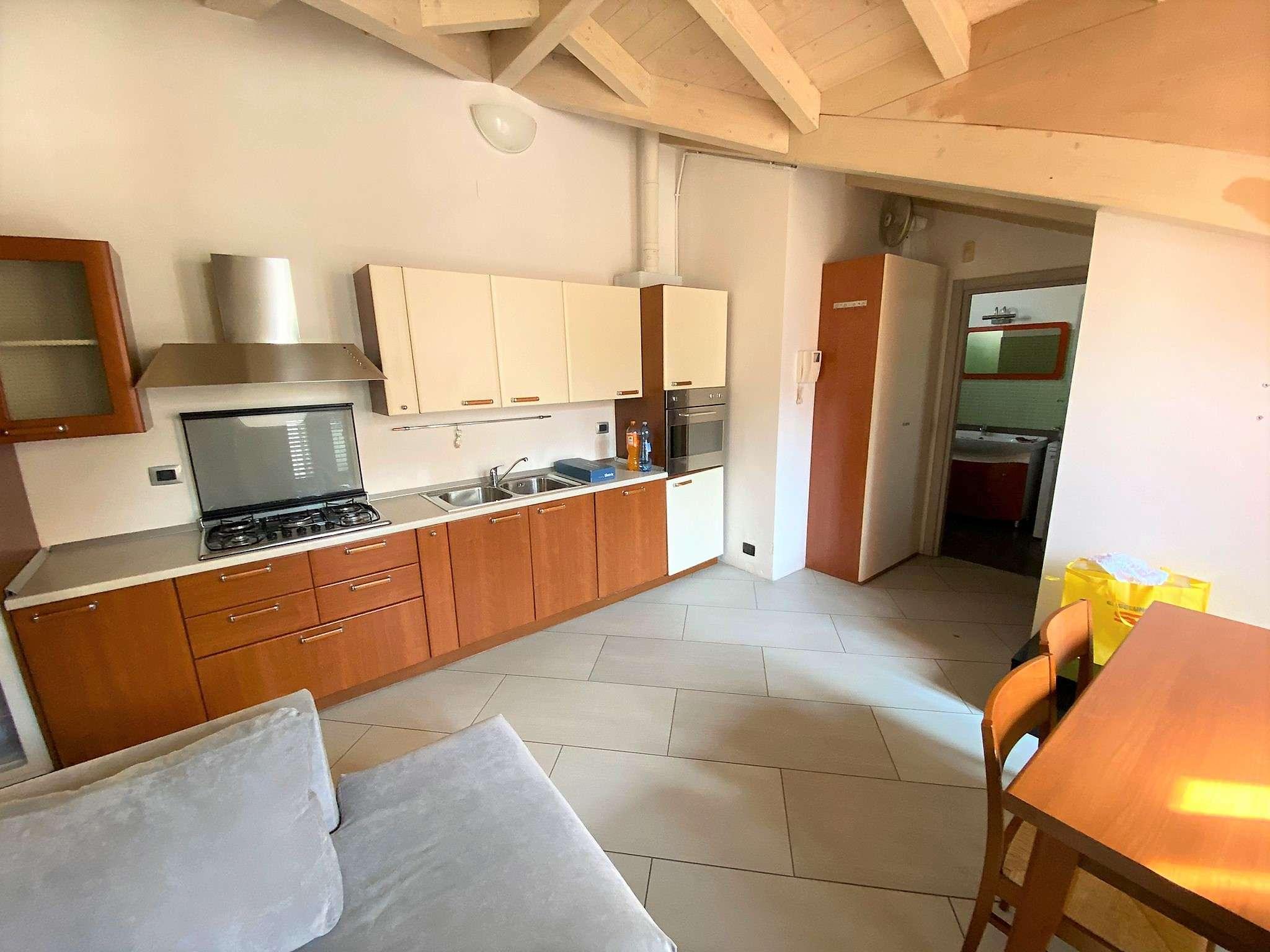 Appartamento in affitto a Cinisello Balsamo, 2 locali, prezzo € 600 | PortaleAgenzieImmobiliari.it
