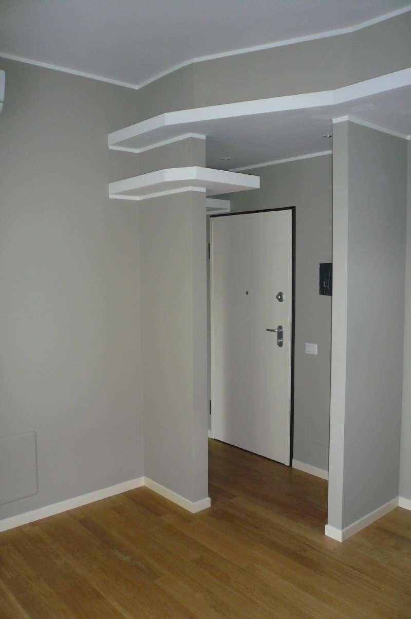 Appartamento ristrutturato parzialmente arredato in affitto Rif. 7045117