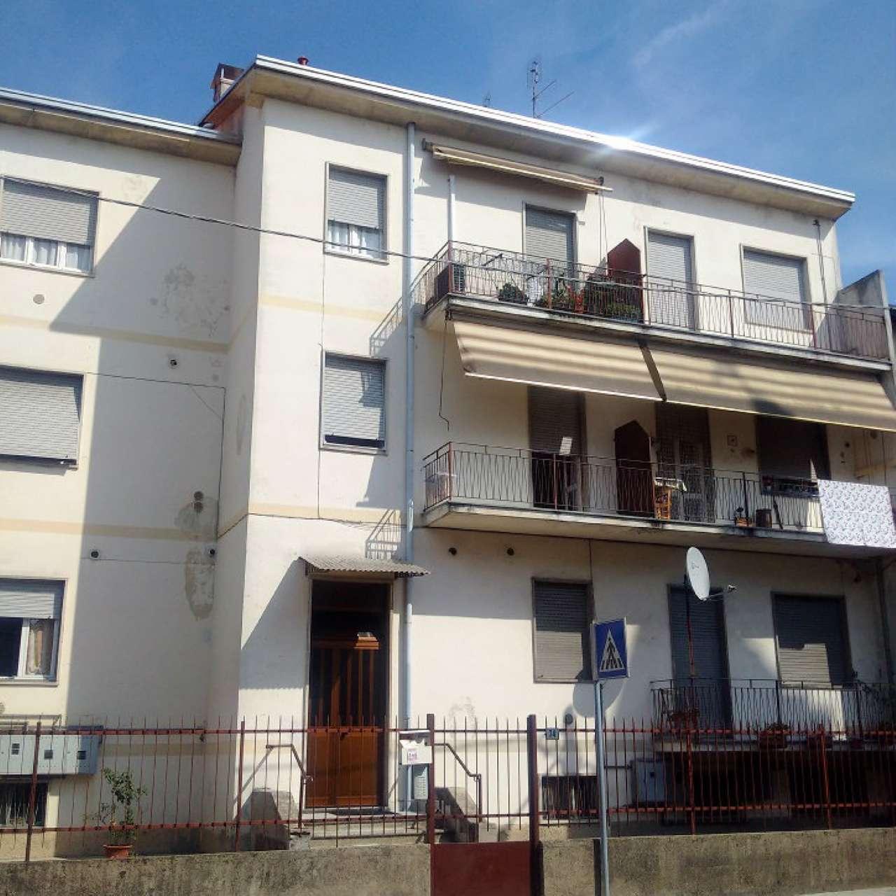 Appartamento in affitto a Gorla Minore, 3 locali, prezzo € 550 | CambioCasa.it