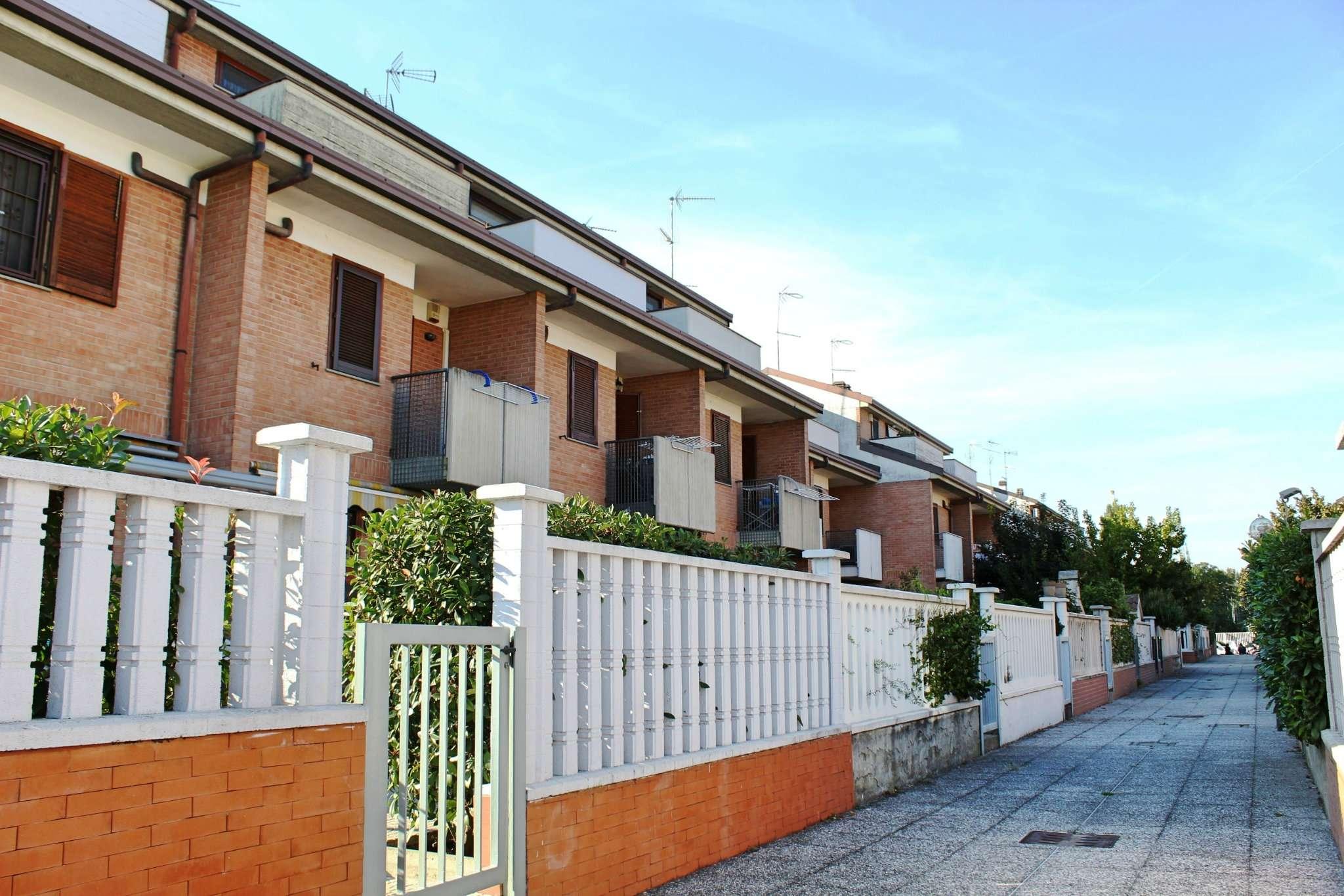 Villetta a schiera in ottime condizioni in vendita Rif. 8066106