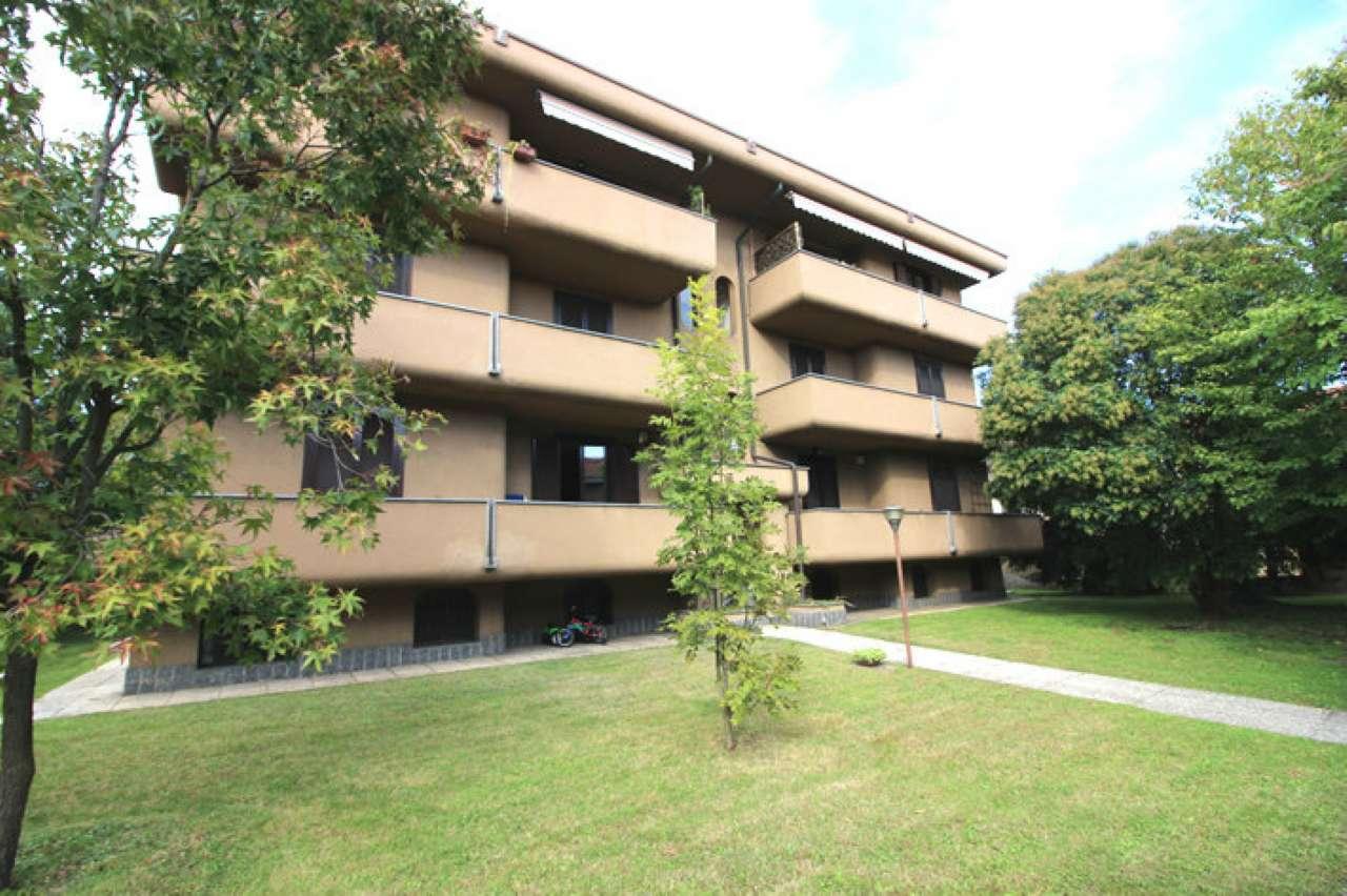 Appartamento in vendita a Casorezzo, 3 locali, prezzo € 110.000 | CambioCasa.it