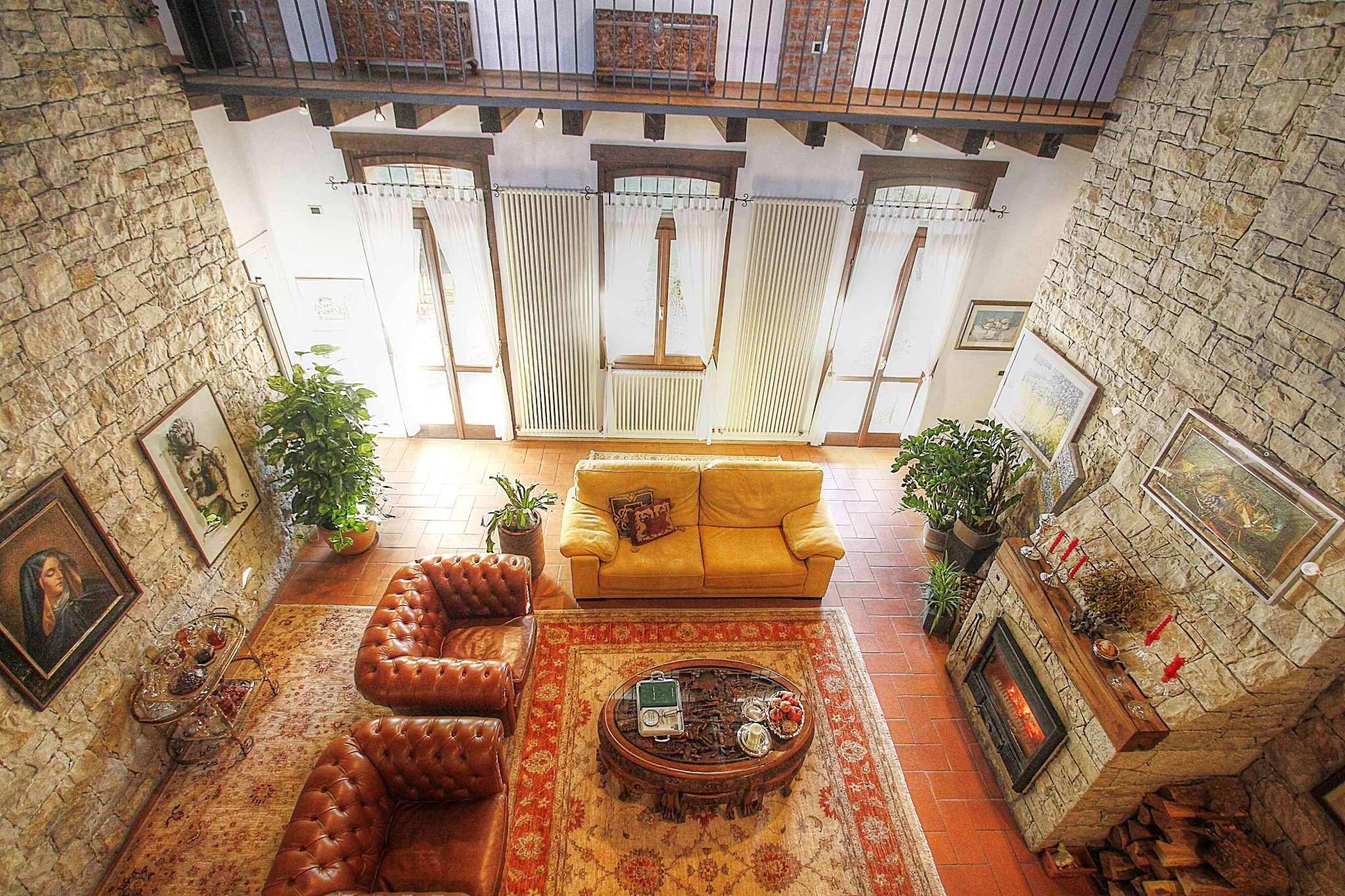 Soluzione Indipendente in affitto a Vernate, 4 locali, prezzo € 2.300 | CambioCasa.it