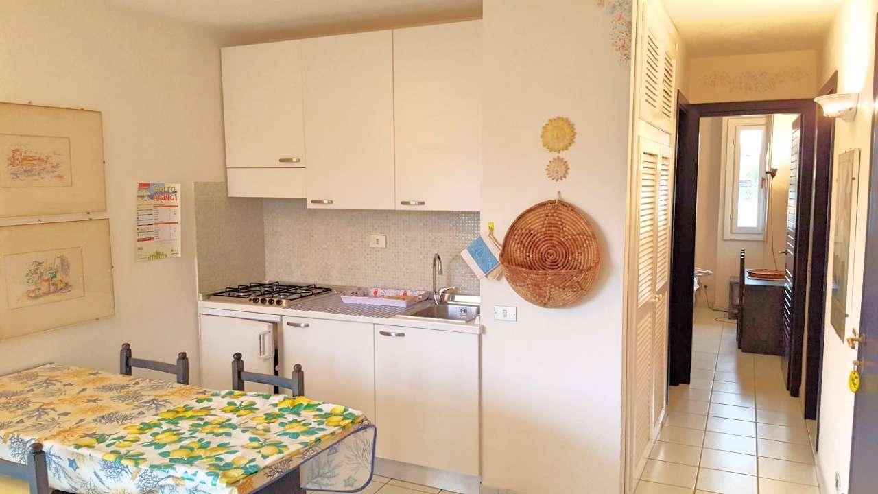 Appartamento in vendita a Golfo Aranci, 3 locali, prezzo € 215.000 | CambioCasa.it