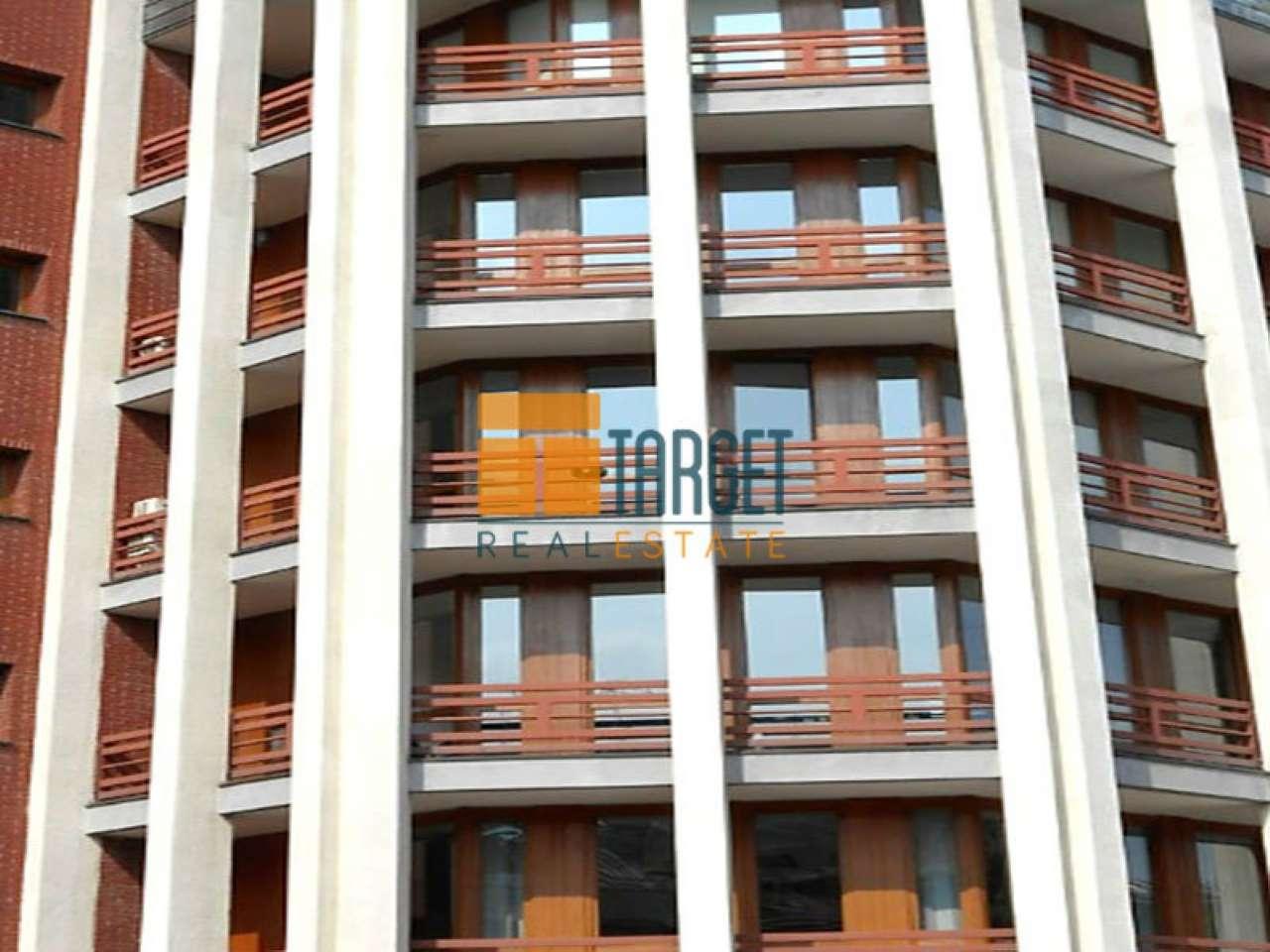 Uffici di 400 mq in affitto a Milano- Zona Pagano Rif. 5582726