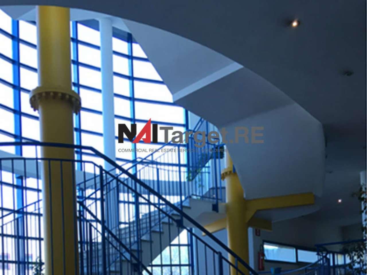 Magazzino in vendita a Segrate, 60 locali, Trattative riservate   PortaleAgenzieImmobiliari.it