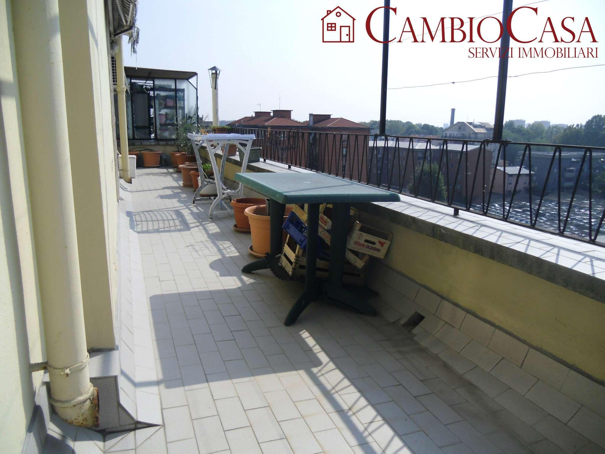 Attico / Mansarda in vendita a Baranzate, 3 locali, prezzo € 108.000 | CambioCasa.it