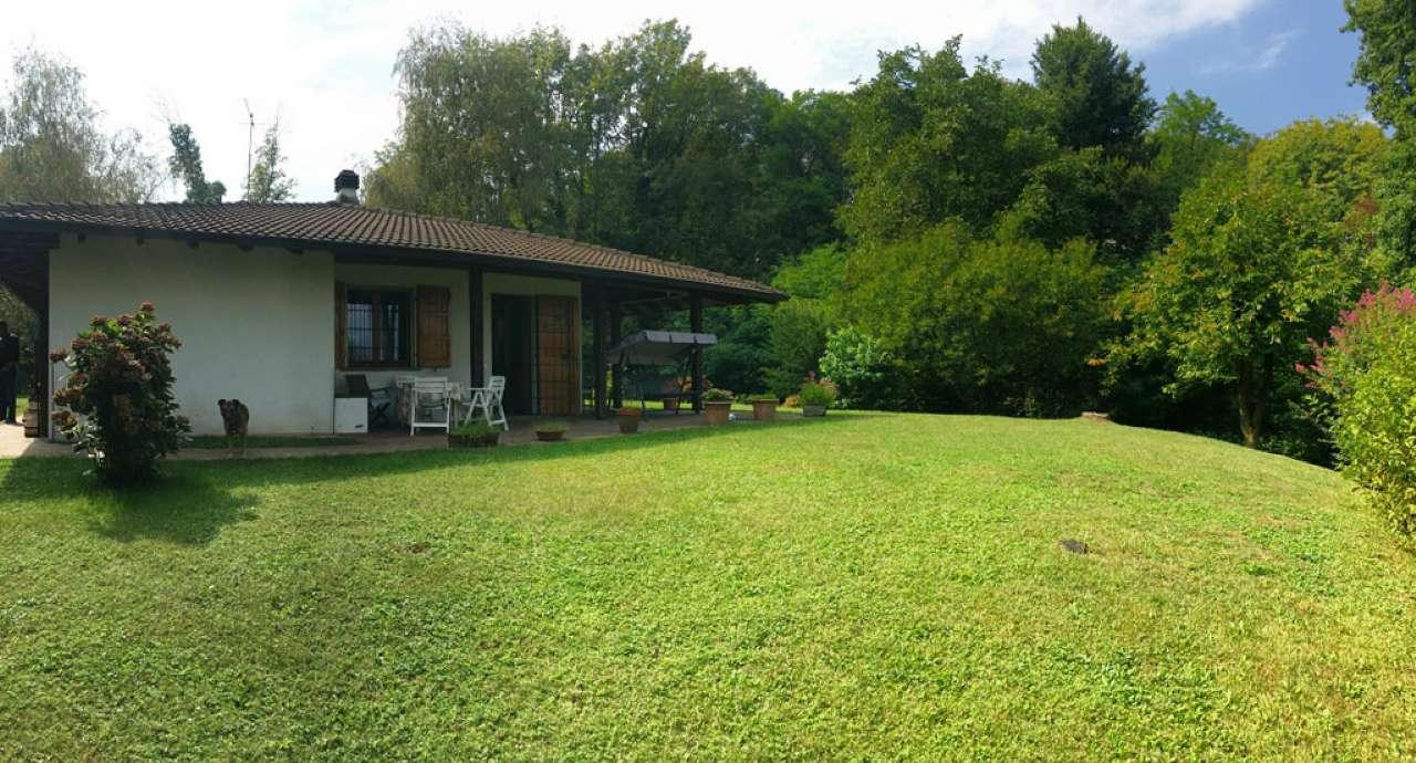 Villa in vendita a Bodio Lomnago, 6 locali, prezzo € 380.000 | CambioCasa.it