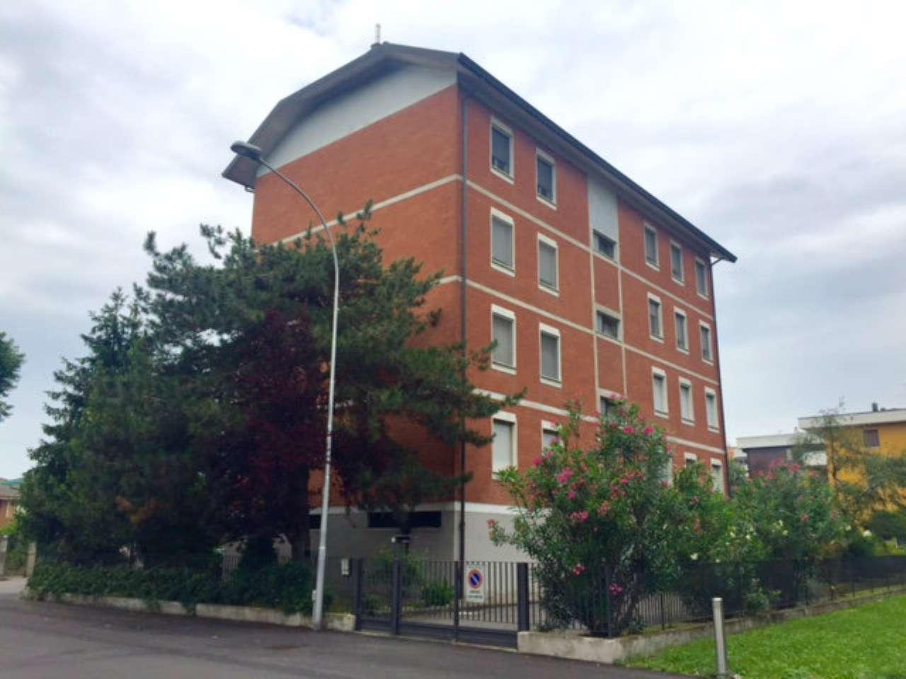 Appartamento in vendita a Paullo, 4 locali, prezzo € 145.000 | CambioCasa.it