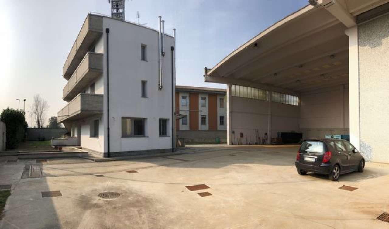 Ufficio / Studio in Vendita a Peschiera Borromeo