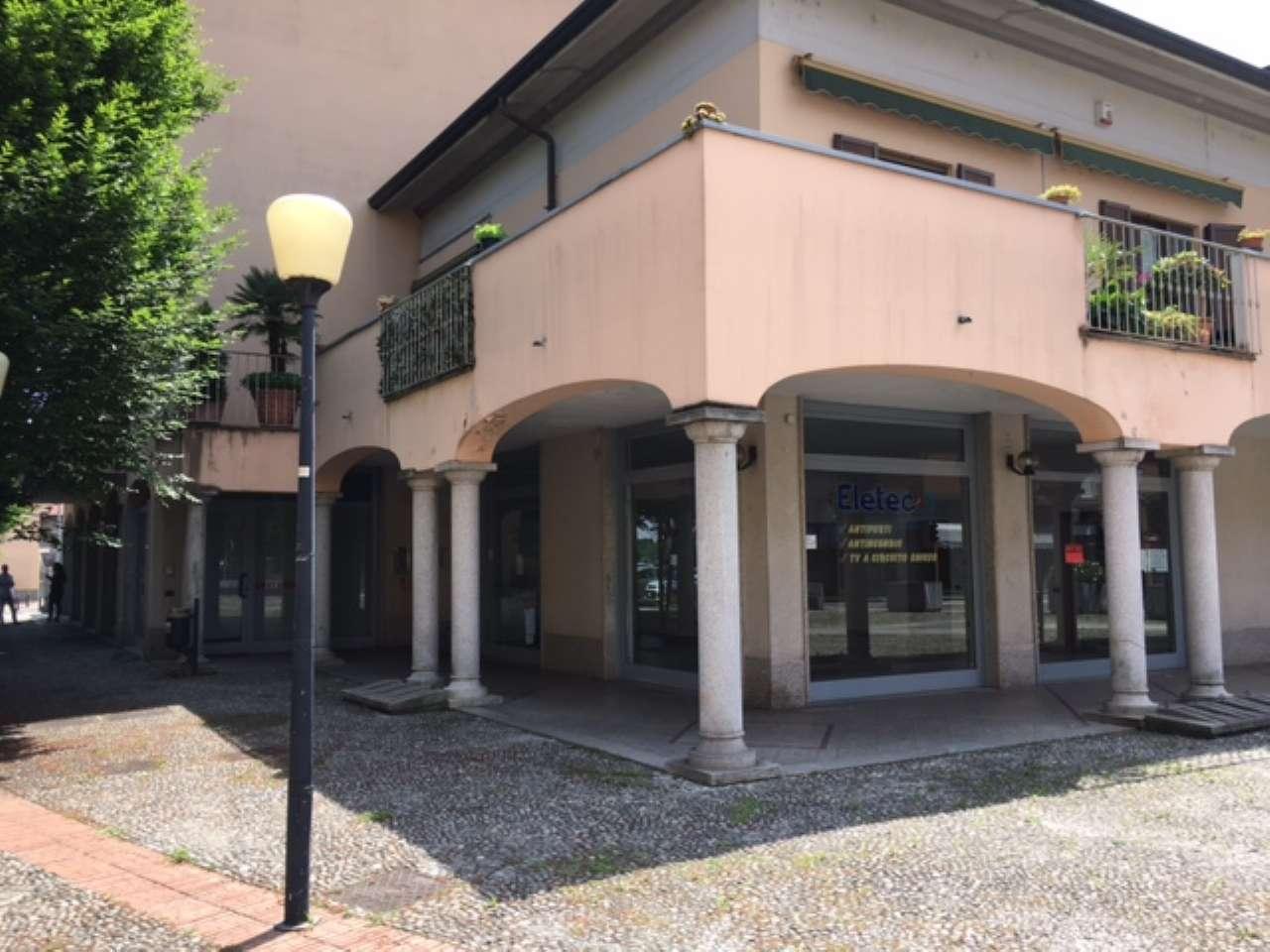 Negozio / Locale in vendita a Vanzago, 2 locali, Trattative riservate | CambioCasa.it