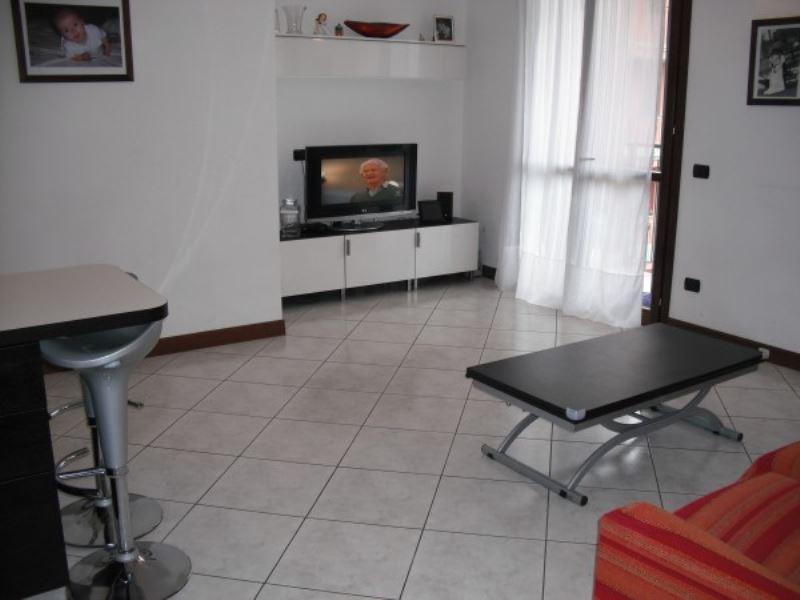 Appartamento in ottime condizioni arredato in vendita Rif. 5975427