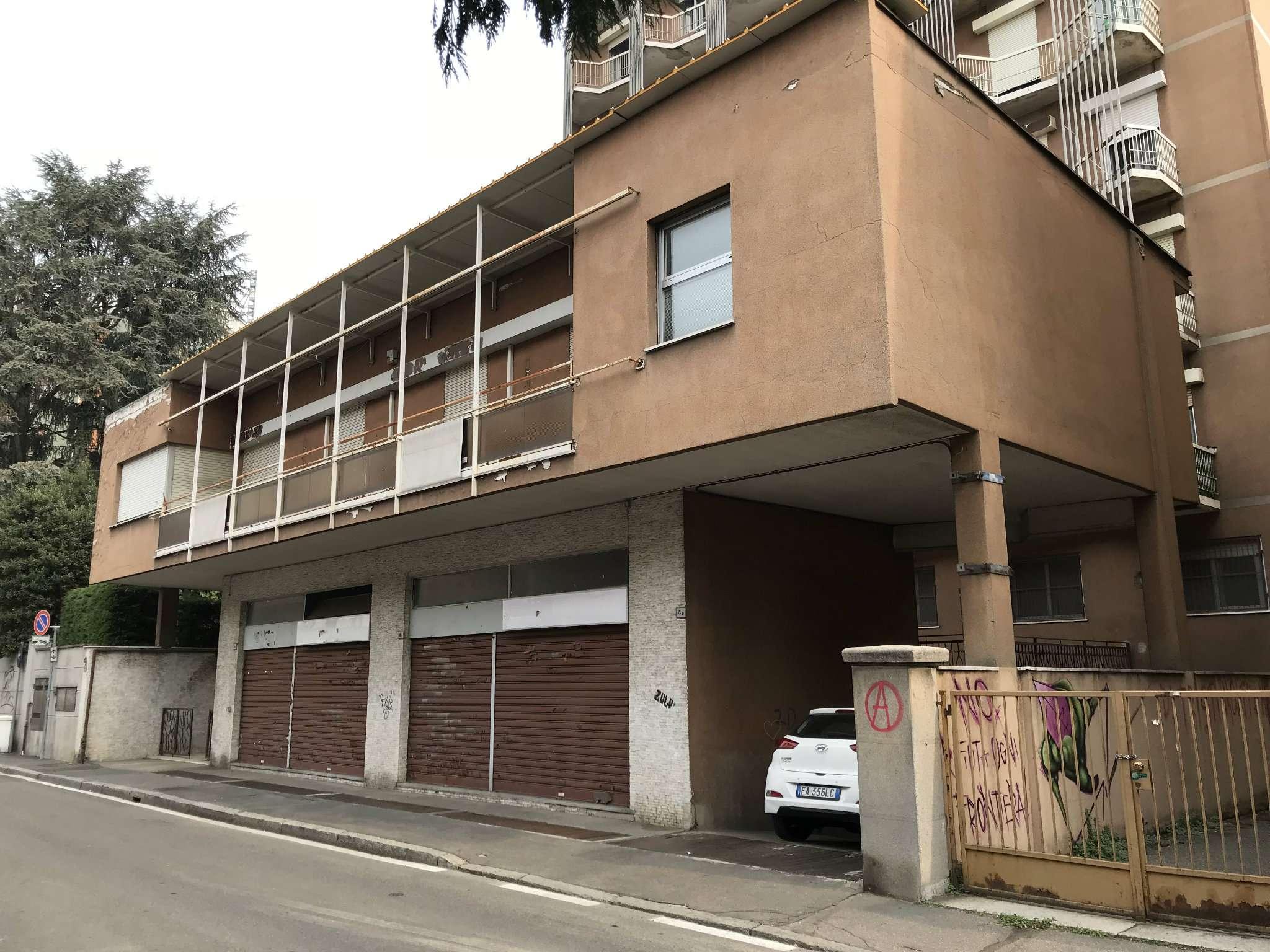 Altro in vendita a Saronno, 9 locali, prezzo € 360.000 | CambioCasa.it