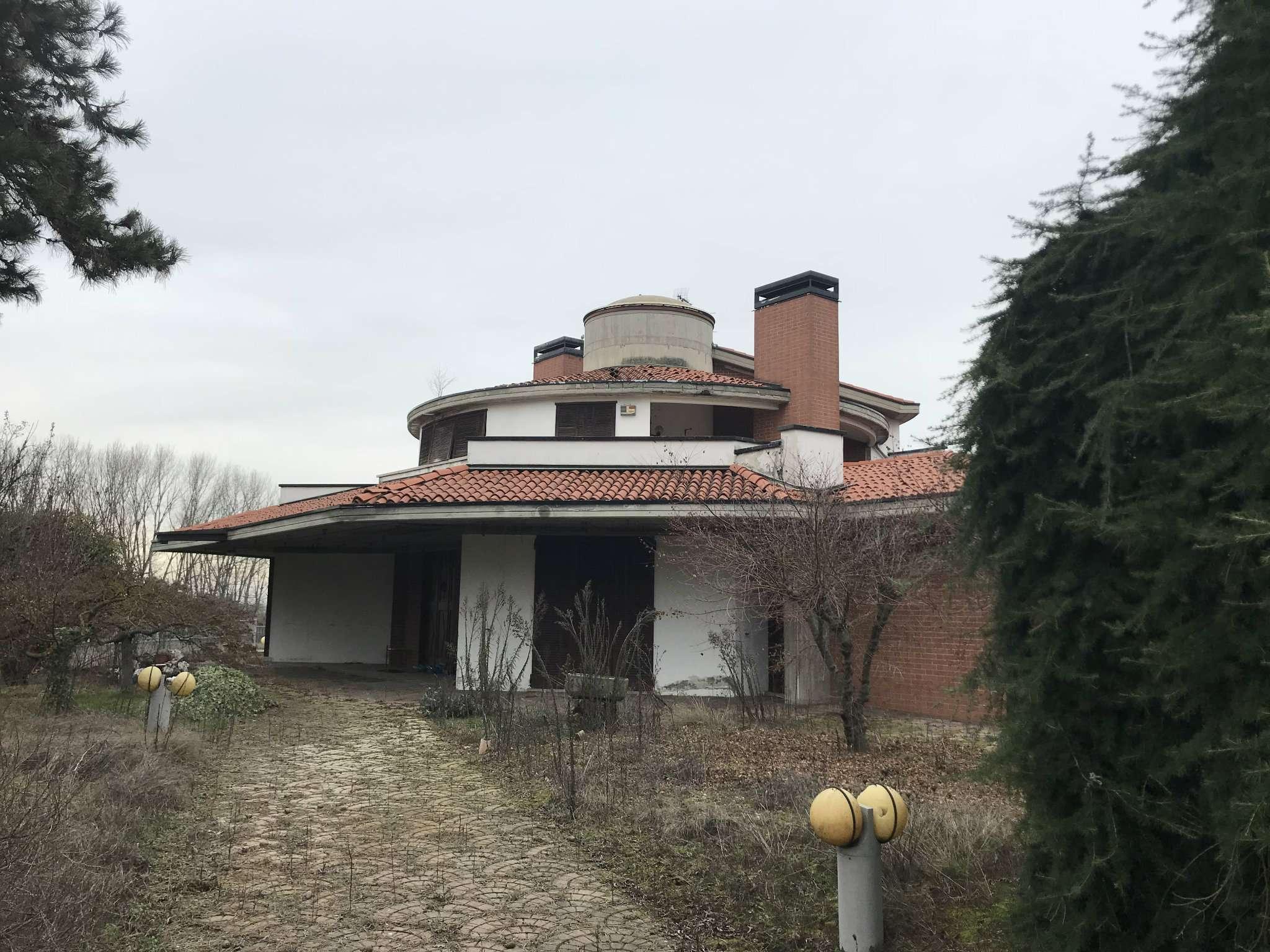 Villa Tri-Quadrifamiliare in vendita a Pecetto di Valenza, 9999 locali, prezzo € 284.000 | CambioCasa.it