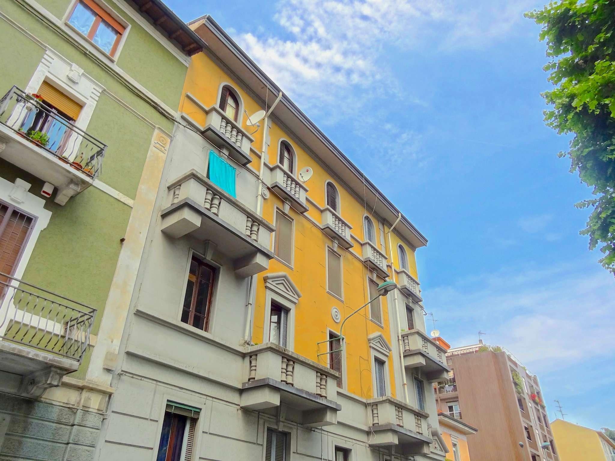 Appartamento in buone condizioni parzialmente arredato in affitto Rif. 8458764