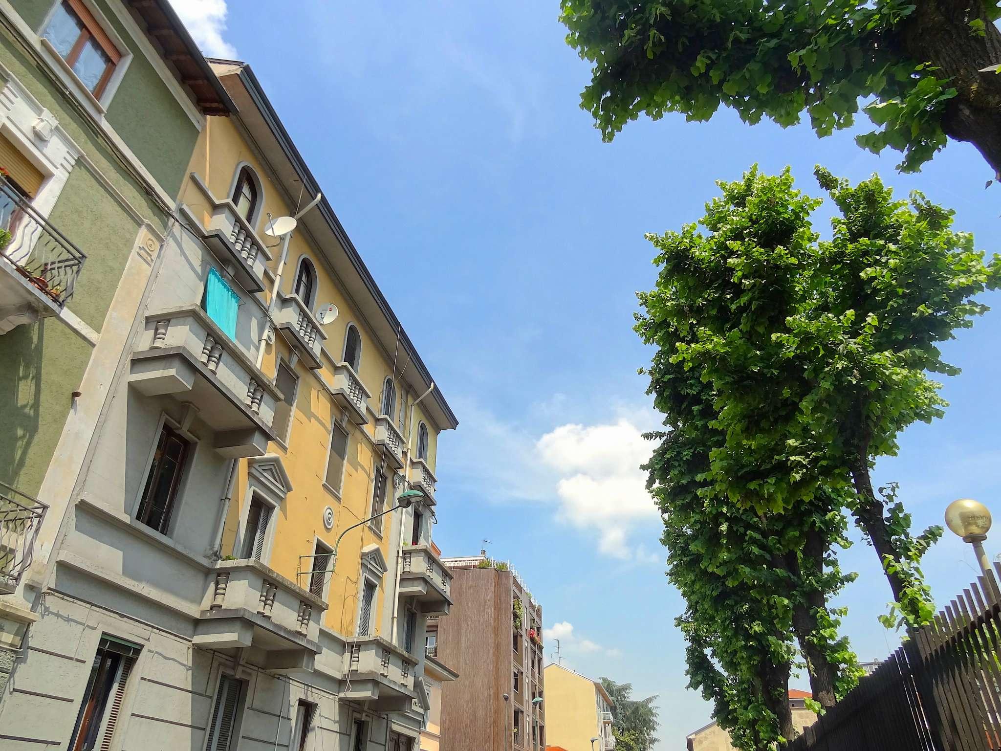 Appartamento in buone condizioni parzialmente arredato in affitto Rif. 8458762