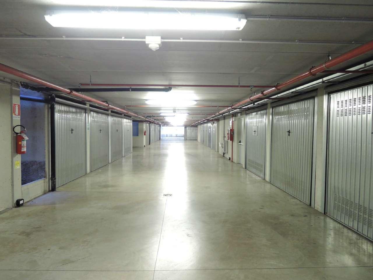A Milano in Vendita Box / Garage